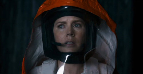 girl-week-amy-adams-arrival