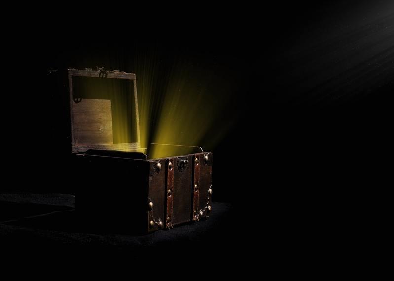 صندوق عشوائي من الانترنت المظلم