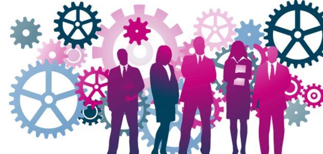 ما هي مهام مدير إدارة الموارد البشرية