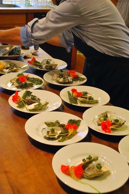 ostras en la cocina de la abuela