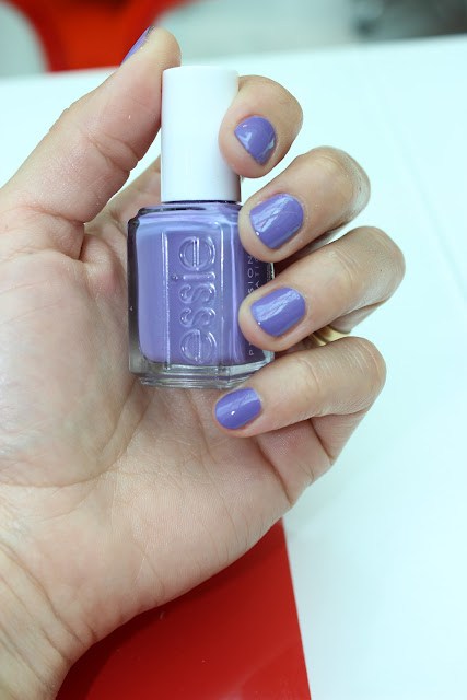 essie shade on