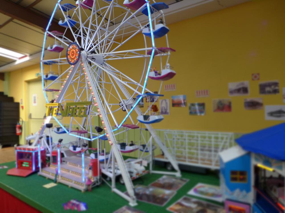 manege roue jeu lego exposition