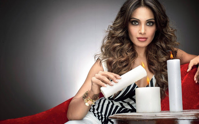 Collection of Bipasha Basu Images