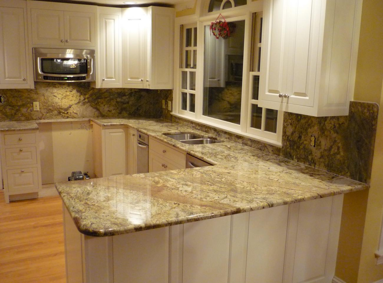 Kitchen cabinets and countertops cost for Cost to update kitchen cabinets and countertops