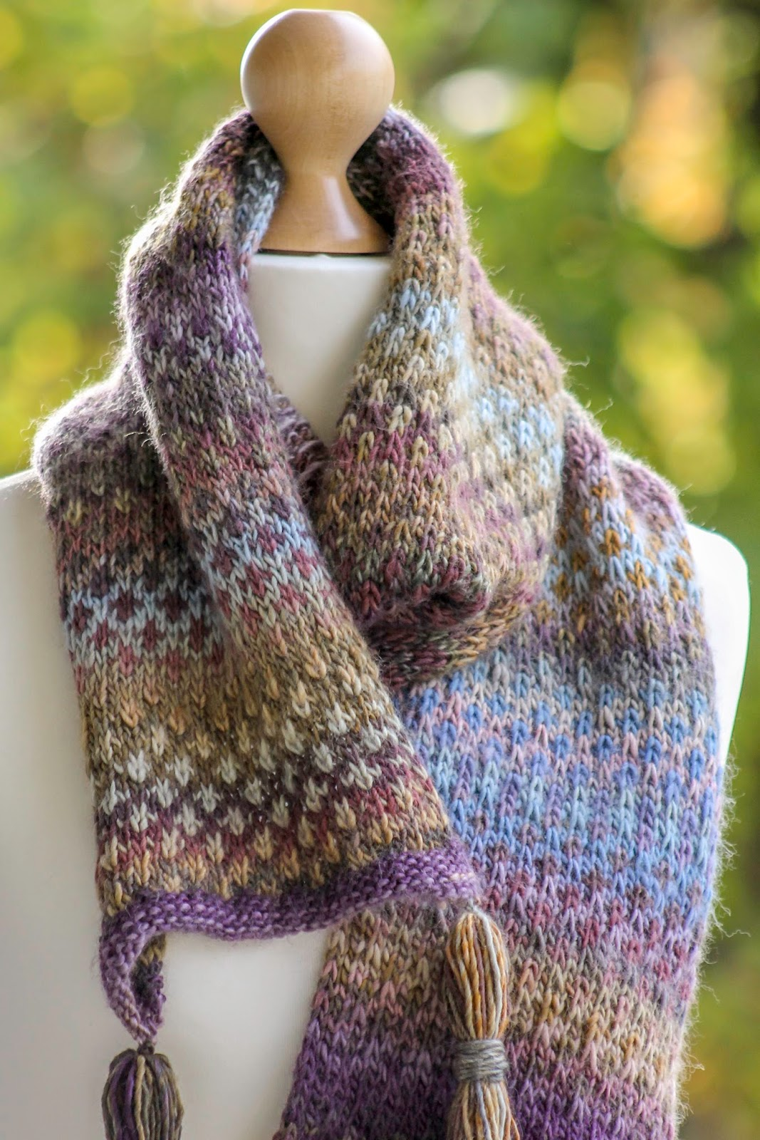 Balls to the Walls Knits: Swiss Check Scarf