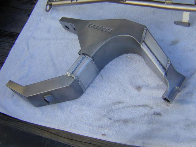 Julian Farnam FFE 350 Forkless Yamaha RZ Swingarm
