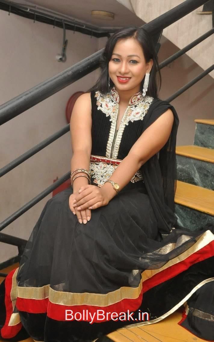 Sneha Stills, Actress Sneha Hot pics In Black Shalwar Kameez