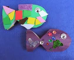 http://translate.googleusercontent.com/translate_c?depth=1&hl=es&rurl=translate.google.es&sl=en&tl=es&u=http://www.thecrafttrain.com/1/post/2013/06/toilet-roll-fish-easy-craft-idea-for-kids.html&usg=ALkJrhgxWeGVqOYRNClgF6IwWpbapjZJrQ