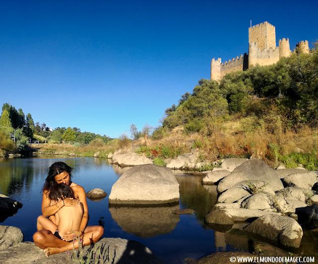 Castillos-de-Portugal, castillo de Almourol en medio del río Tajo