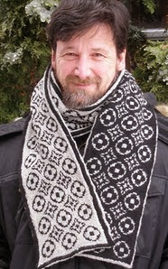 http://www.ravelry.com/patterns/library/high-end-scarf