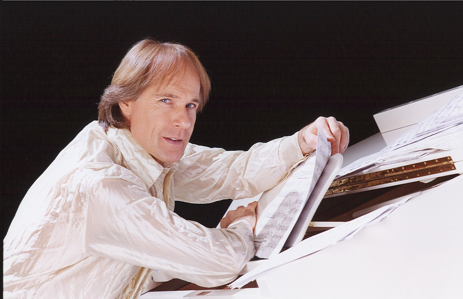 RICHARD CLAYDERMAN EM ABRIL NO TEATRO GUAIRA dd5ea2def4