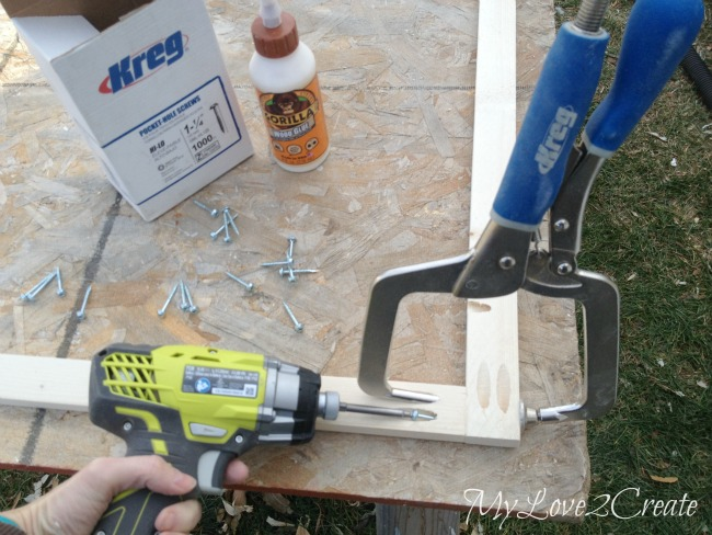 using kreg right angle clamp for attaching frame with pocket hole screws