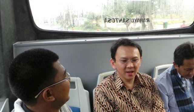 Image result for ahok kena macet naik transjakarta ke nasdem
