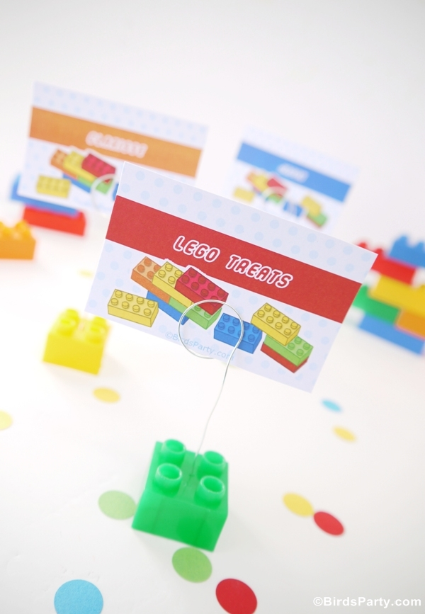 DIY Lego Bricks Inspired Place-card Holders  - BirdsParty.com