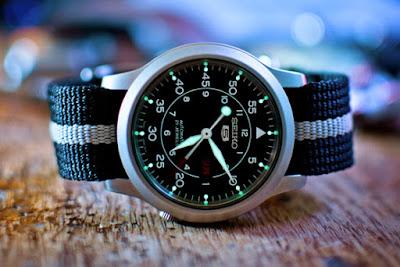 montre militaire seiko 5 military avec bracelet nato