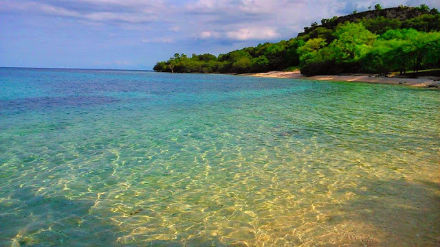 Suasana Alam dan Pantai Balanan Situbondo yang masih asri dan Alami
