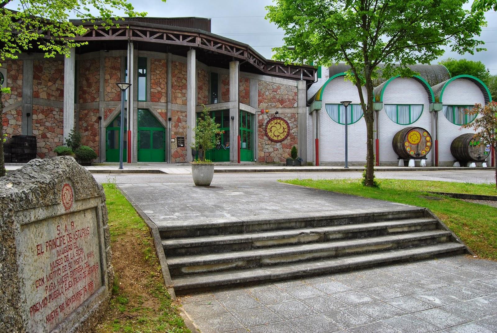 El Madreazo Museo de la sidra Nava