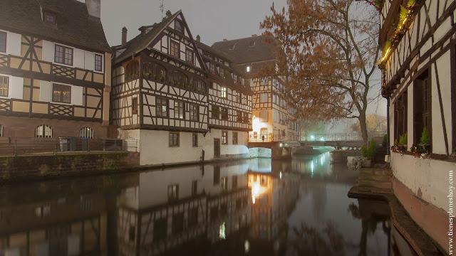 Estrasburgo La Petite France visitar Navidad
