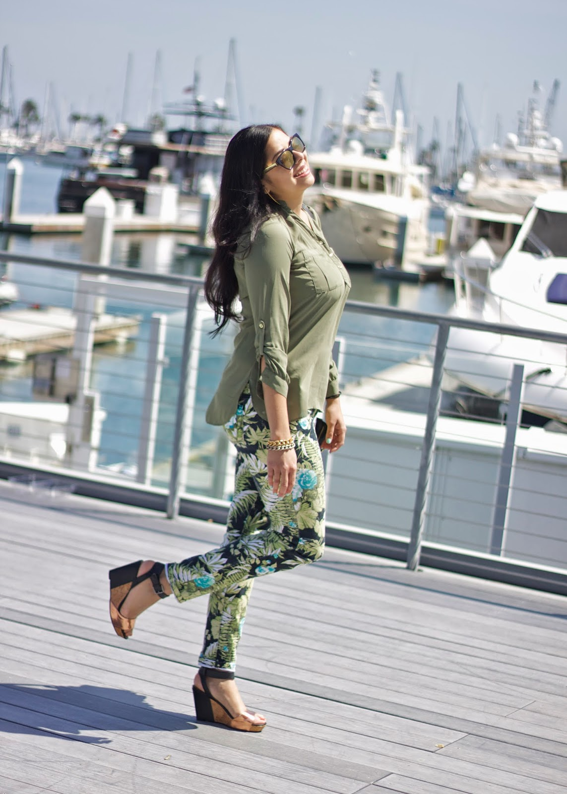 shoedazzle black wedges, black and gold wedges, san diego outfit, san diego brunch outfit