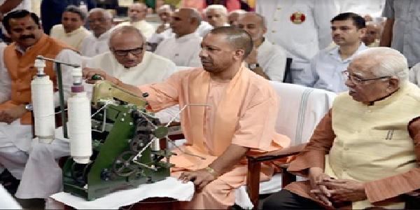 uttarpradesh-rajypal-v-mukhymantri-ne-gandhi-shastri-ko-yaad-kiya