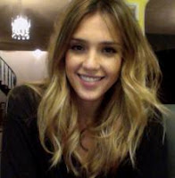 Jessica Alba  - famous women with herpes