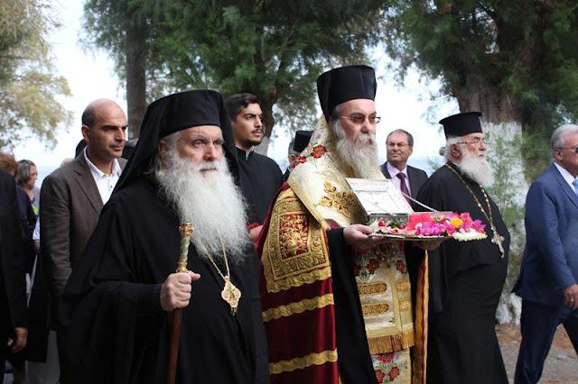 Λείψανο του Αγίου Λουκά του Ιατρού μετέφερε την Κρήτη ο Μητροπολίτης Αργολίδας Νεκτάριος