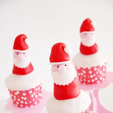 DIY Cupcake Toppers Père Noel en Pâte à Sucre