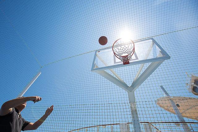 harmony of the seas adventures basketball