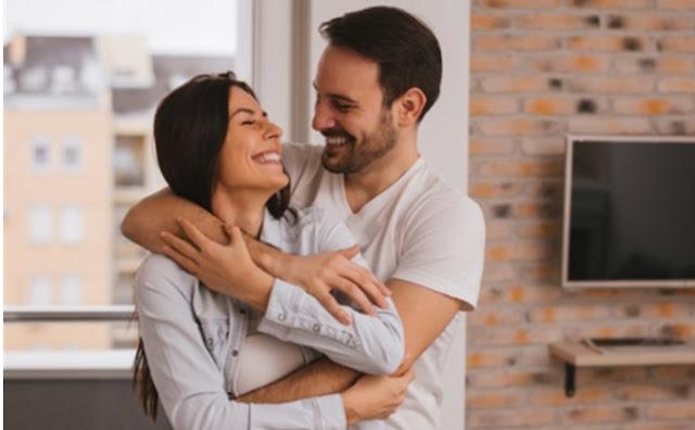 أفضل 4 أوقات لممارسة العلاقة الحميمة!
