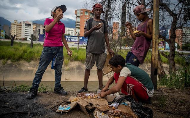 Casi mil menores deambulan solos por Caracas