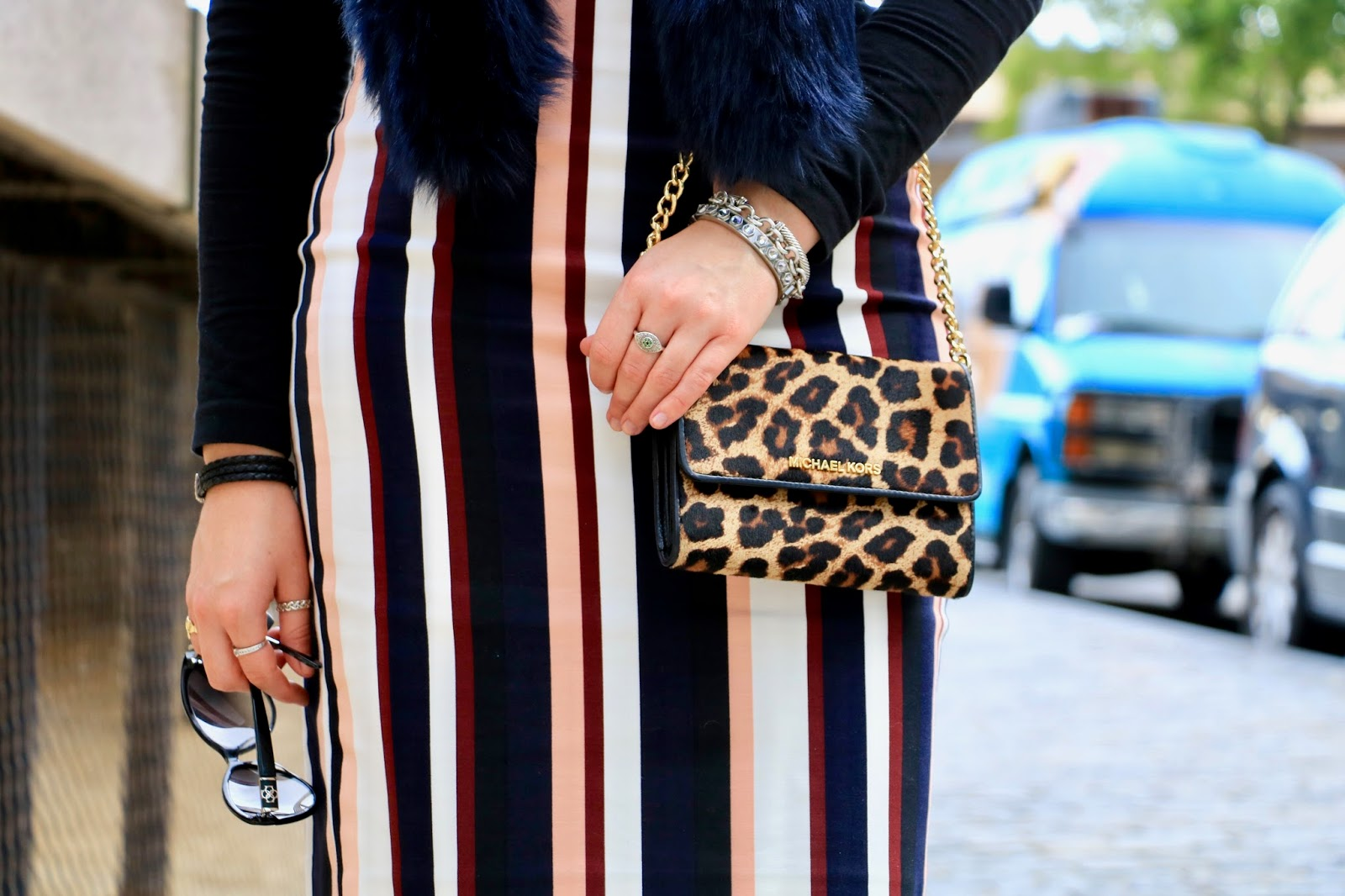 Nyc fashion blogger Kathleen Harper wearing an Ann Taylor striped pencil skirt