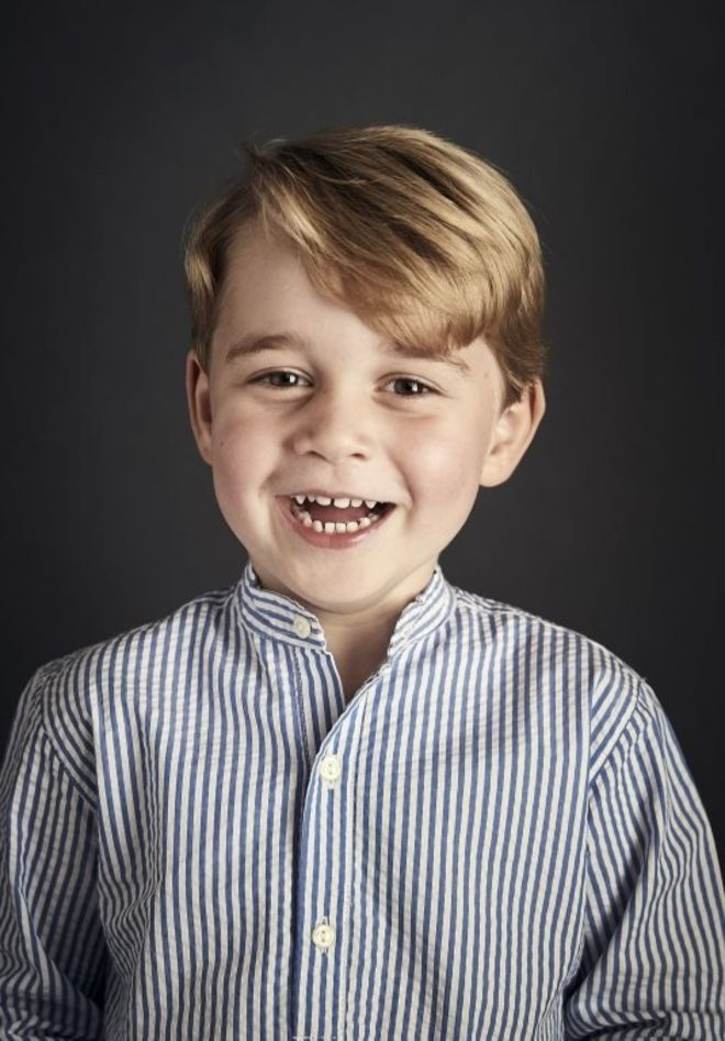 Prince George photo marks fourth birthday