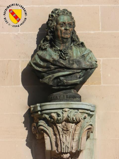 NANCY (54) - Place Vaudémont et la Fontaine Callot