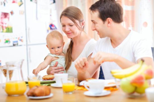 8 Makanan Sehat Untuk Ibu Menyusui Bayi Baru Lahir Agar Bayi Cerdas Sehat dan Kuat
