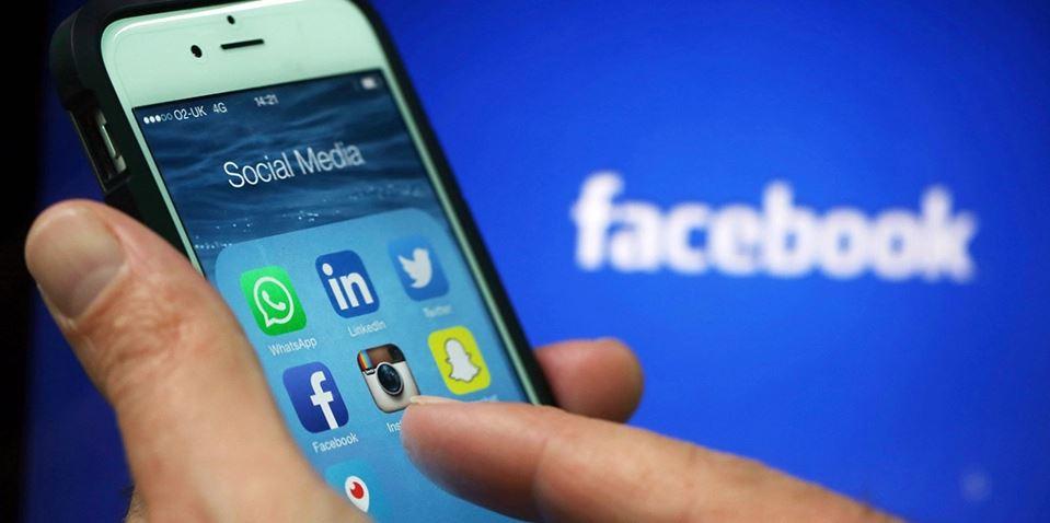 Lướt Facebook thả ga mà không lo ngốn nhiều pin