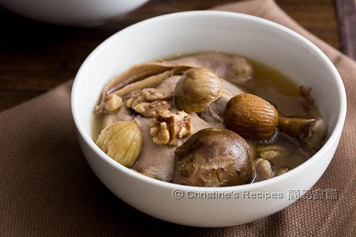 栗子核桃冬菇玉竹煲雞湯 Chestnut Walnut and Chicken Soup02
