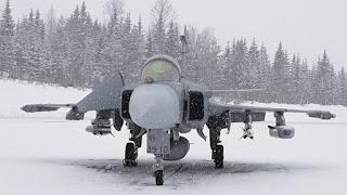 Pesawat Tempur Gripen di Pangkalan Udara Tampere-Pirkkala