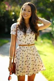 Vestido para o verão - vestido branco com mala e cinto camel