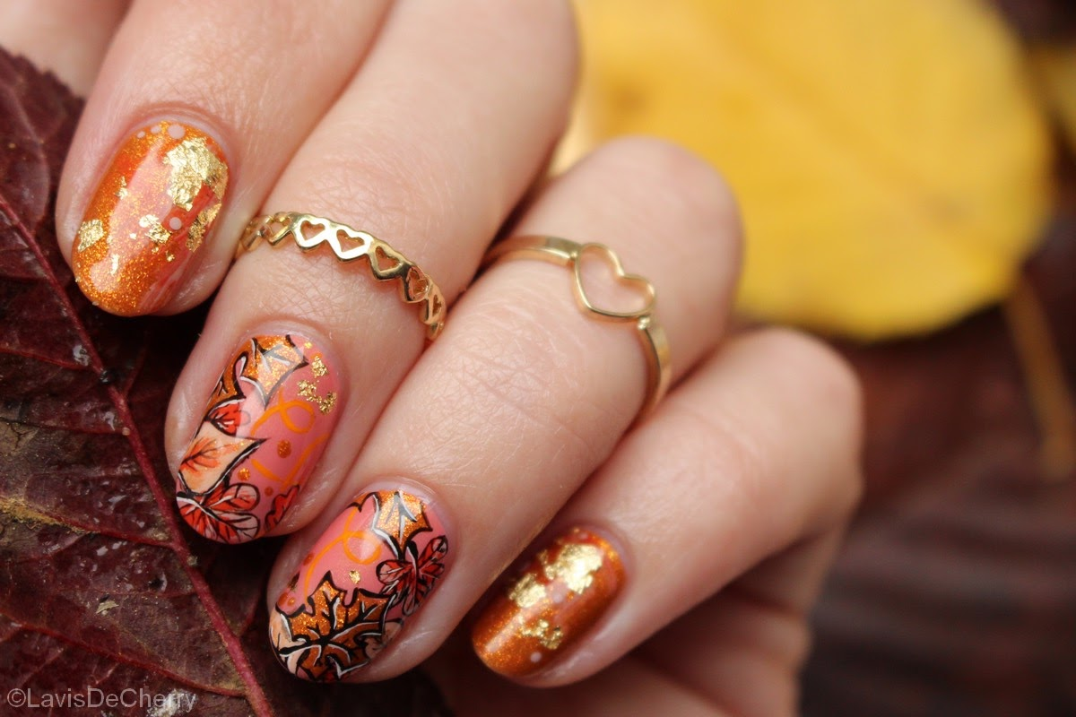 nail-art-automne-fall-feuille-or-feuilles-mortes