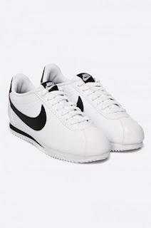 Pantofi din colectia Nike Sportswear