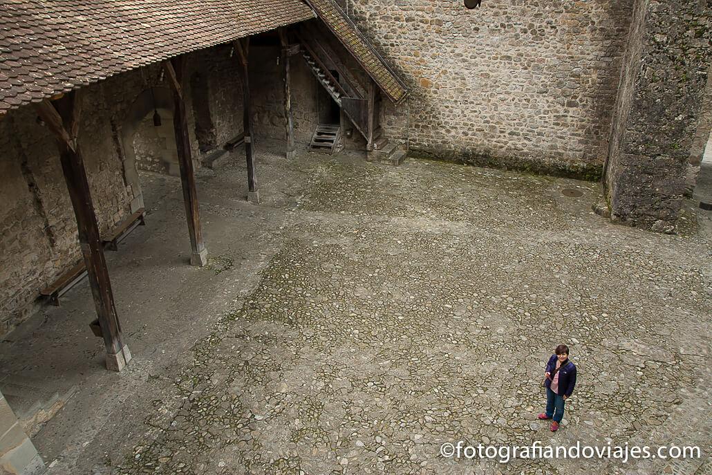 Castillo de Chillón en el lago Leman Suiza