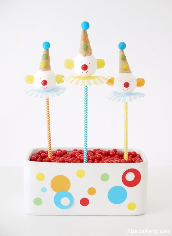 How to Make DIY Circus Clown Cake Pops - BirdsParty.com