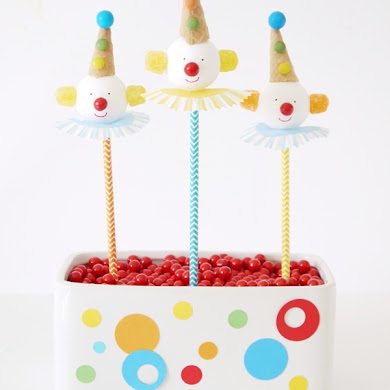 How to Make DIY Circus Clown Cake Pops