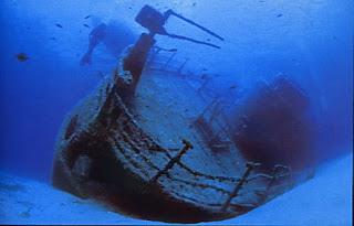 Affondamento volontario dei relitti: questione controversa