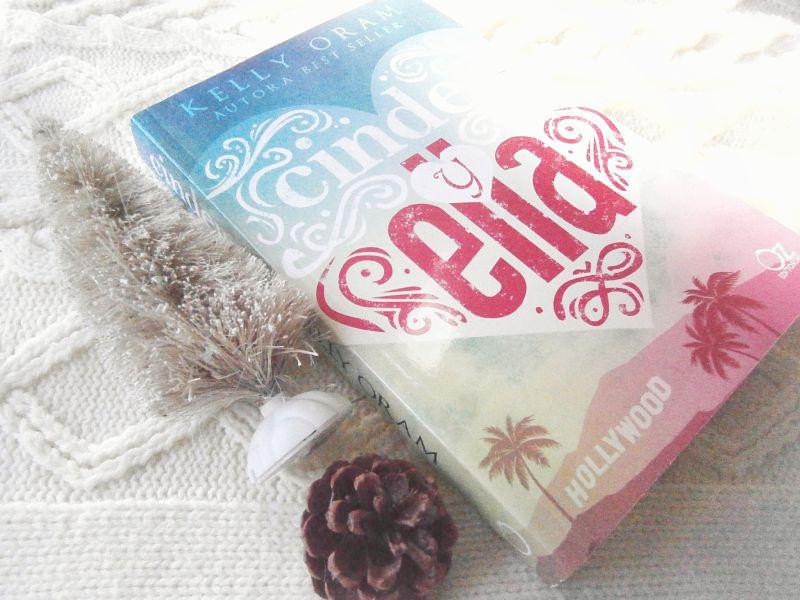 Foto del libro Cinder y Ella de la autora Kelly Oram