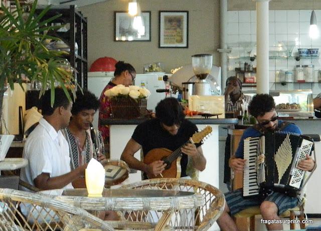 Música ao vivo na Aliança Francesa, Salvador, Bahia