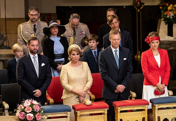Grand Duchess Maria Teresa, Hereditary Grand Duchess Stéphanie, Princess Alexandra, Prince Louis, Princes Gabriel and Noah. Princess Stephanie