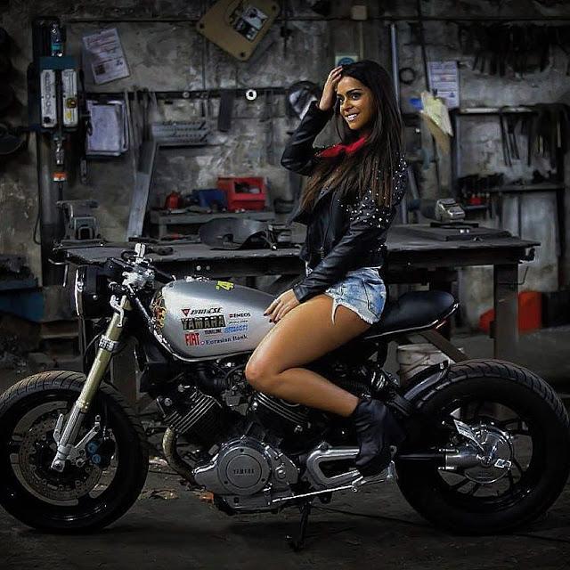 XV Girl