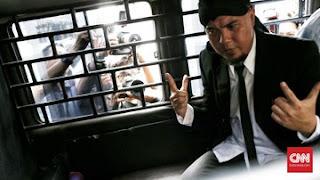 Di Saat Ahok Bebas, Ahmad Dhani Justru Masuk Penjara