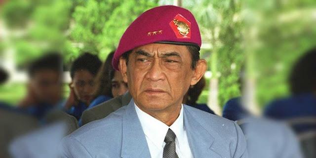 Jenderal Marinir ini Bela Guru Yang Dimeja Hijaukan Orang Tua Siswa